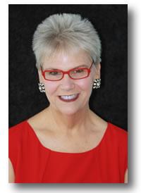 Headshot of Elizabeth Jimenez.
